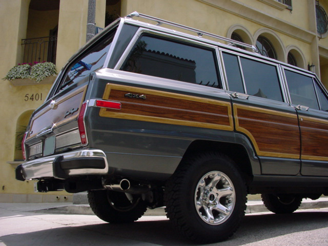 Jeep Grand Wagoneers Full Professional Ground Up >> Jeep Grand Wagoneers Full Professional Ground Up Restorations | Autos Weblog